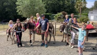 Autour de Lannion. Les balades avec des ânes sélectionnées par le magazine Elle – Le Trégor – 16 Août 2020